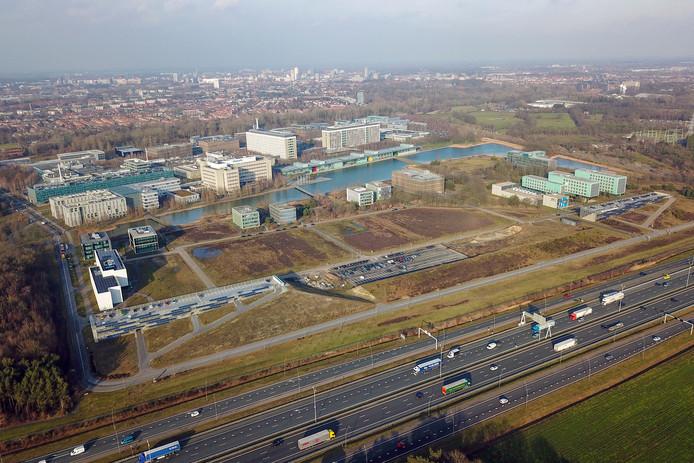 Ten zuiden van High tech campus Eindhoven zijn er plannen voor een parkeervoorziening.