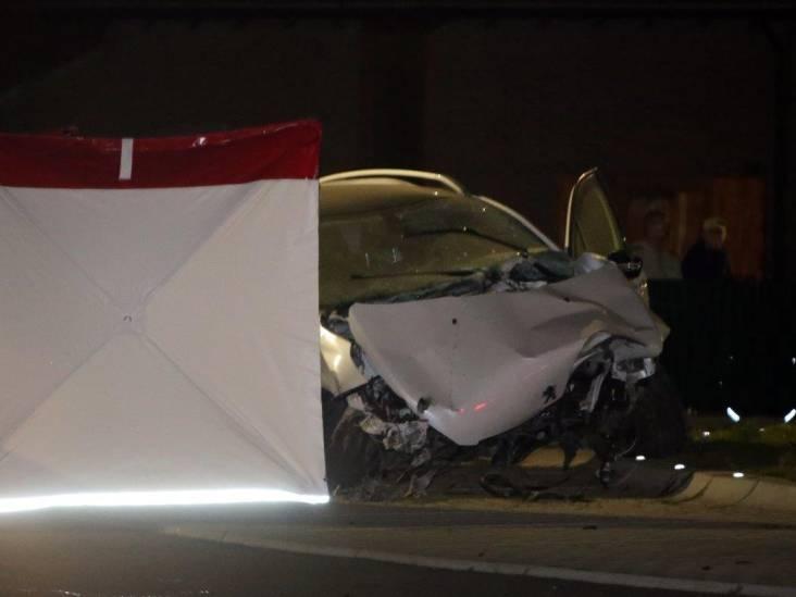 Dodelijk ongeluk bij rotonde in Heerewaarden