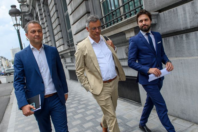 Egbert Lachaert (Open Vld),  Joachim Coens (CD&V) en Georges-Louis Bouchez hebben vandaag vergaderd met sp.a-voorzitter Conner Rousseau