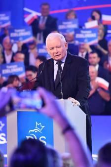 Les conservateurs en tête en Pologne