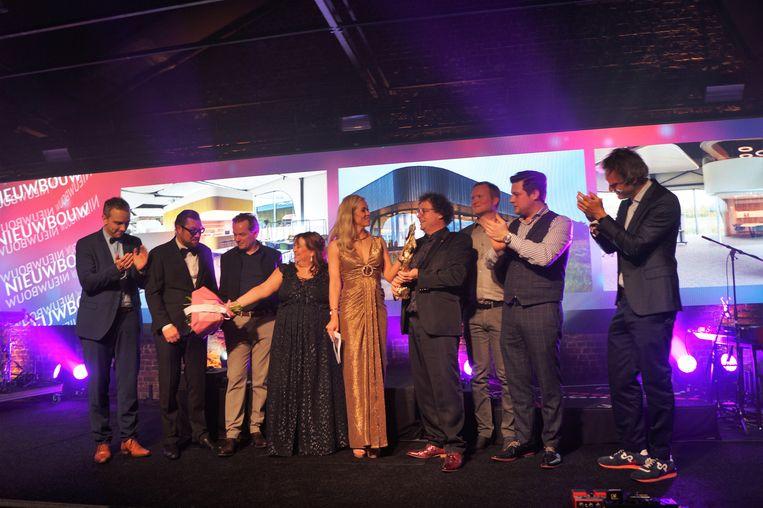 Het team van Goddeeris sleepte de award Nieuwbouw in de wacht. Het is al het derde jaar op rij dat ze naar huis gaan met een Roeselare award