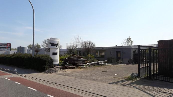 De plek aan de Veilingweg in Zaltbommel waar in april 2018 een drugslab werd opgerold.