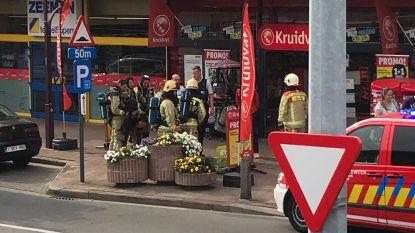 Opschudding in Kruidvat: bak met batterijen begint te roken