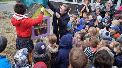 Basisschool De Valke opent minibib