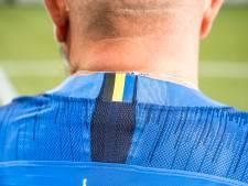 Vitesse-fan Ron ontwierp het nieuwe uitshirt: 'Dit voelt als je eigen kind'