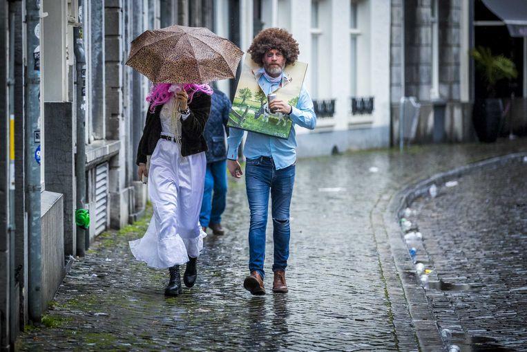 Feestvierders in Maastricht.  Beeld ANP