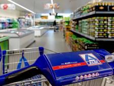 'Alle kipvleeswaren bij Aldi en Lidl worden verkocht zonder beterlevenkeurmerk'