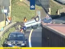 Auto slaat over de kop op A20, afrit bij Overschie weer vrij