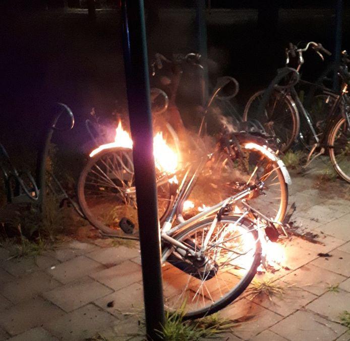 De politie denkt aan brandstichting.