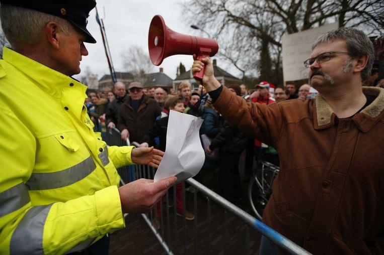 Demonstranten in Loppersum, 2014 Beeld anp
