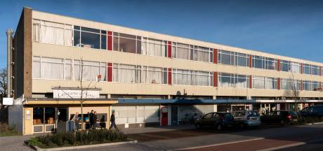 Toch sloop en nieuwbouw voor verlepte winkelstrip Kooikersweg, onduidelijk welke supermarkt komt