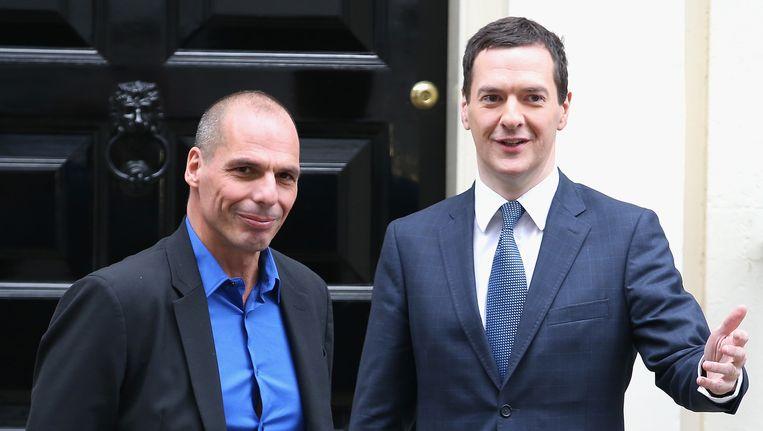 De nieuwe Griekse minister van Financiën Varoufakis en zijn Britse collega Osborne.