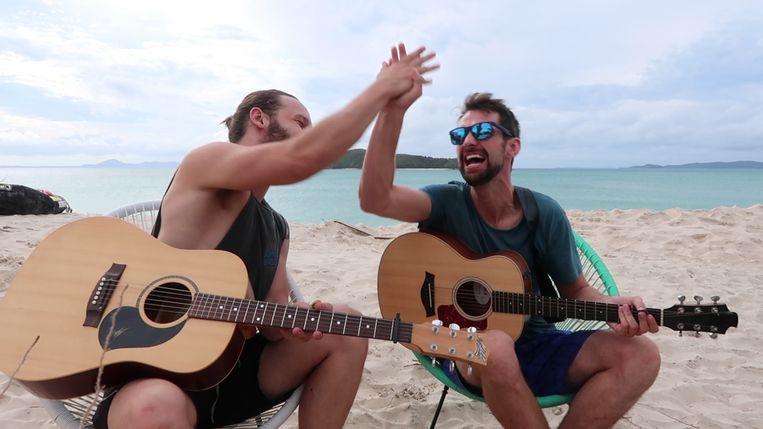 Arne ontmoet collega-muzikant Mark in de nieuwste aflevering van Arne Down Under.