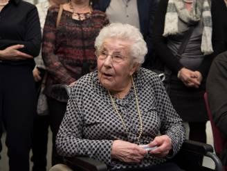 """PORTRET. Oudste inwoonster van Laarne 'Tante Pie' (103) overleeft coronabesmetting niet: """"Ze had er vrede mee en was klaar om te gaan na een lang en liefdevol leven"""""""