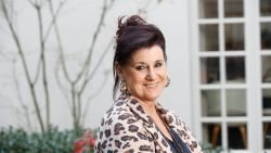 """Actrice Loes Van den Heuvel over de hechte band bij 'F.C. De Kampioenen': """"Mocht iemand gaan zweven of pretentie krijgen, zou dat snel afgestraft worden"""""""