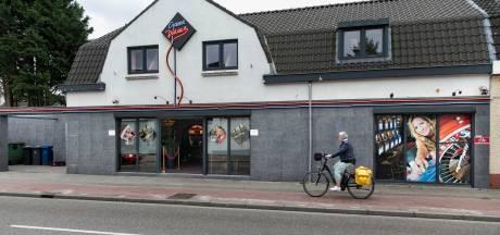 Twee mensen breken in bij casino in Heeze, één nog voortvluchtig