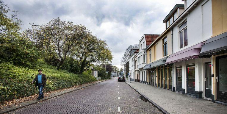 Raamprostitutie op de bokkingsingel in Deventer Beeld Guus Dubbelman