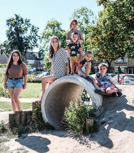 Speelplek Lupinestraat in Didam  is ontmoetingsplek voor jong en oud