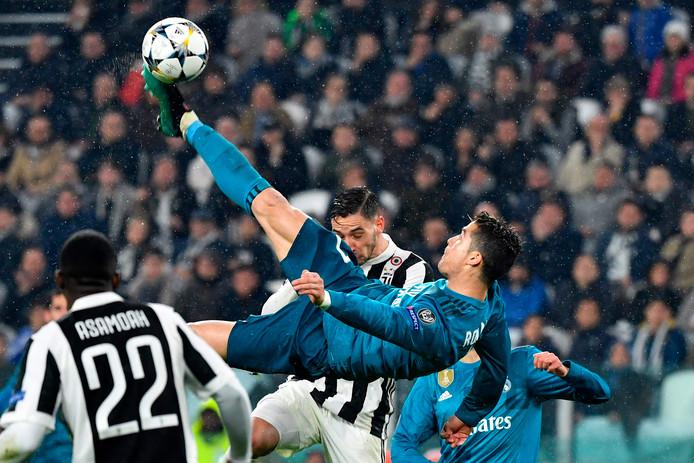 Met een spectaculaire omhaal scoorde Ronaldo vorig seizoen in de Champions League in de kwartfinale tegen Juventus.