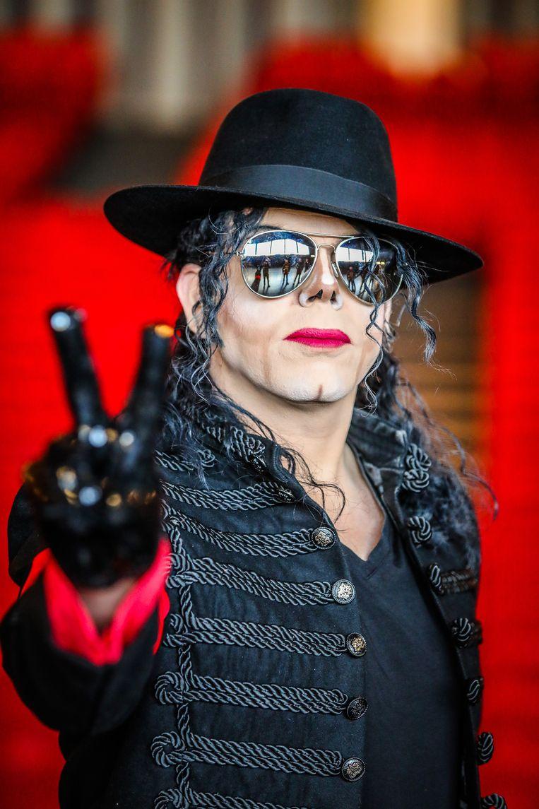 """""""Zelfs na zijn dood blijft Jackson een fenomeen"""", aldus Christ'OF."""