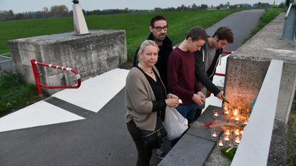Familie vraagt verlichting aan fietssluis na dood Raymond