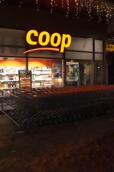 Coop reageert vol afschuw op brute overval Ridderkerk, supermarktmedewerker in kritieke toestand