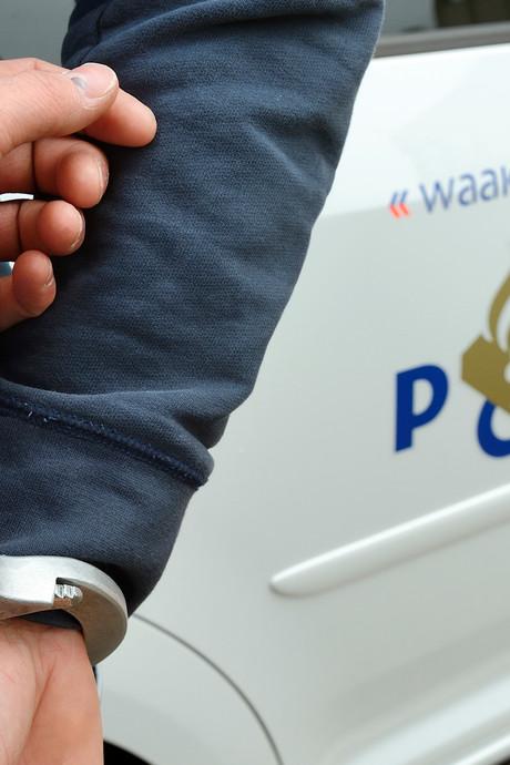 Moeder en zoon uit Eindhoven opgepakt  voor drugslab in de schuur