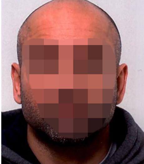 Politie deelt foto's van voortvluchtige moordverdachte Cor P. (36)