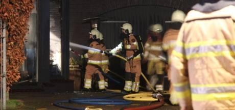 Brand ontdekt doordat hond uit woning in Luttenberg ontsnapt