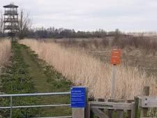 Natuurgebieden met vogelkijkhutten en uitkijktorens uit voorzorg gesloten
