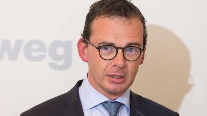 CD&V-voorzitter Wouter Beke bemiddelt bij Christoph D'Haese (N-VA) over bestuursdeelname Aalsterse CD&V-afdeling