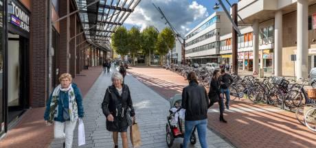 Burgemeester Loeffplein op de schop: nieuwe woningen, meer groen, grotere winkels en terras