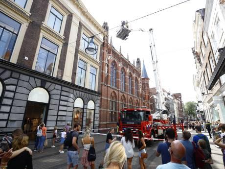 Brandweer tast in het duister over brandlucht in Statenzaal Zwolle