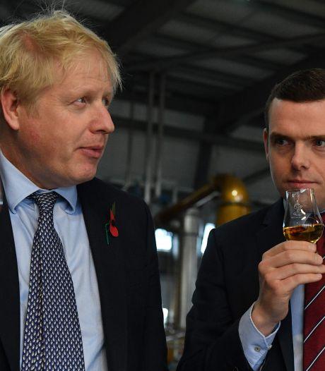 Opgestapte onderminister brengt premier Johnson in het nauw