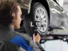 Automonteur maakt filmpje om te laten zien dat onderhoud écht nodig is