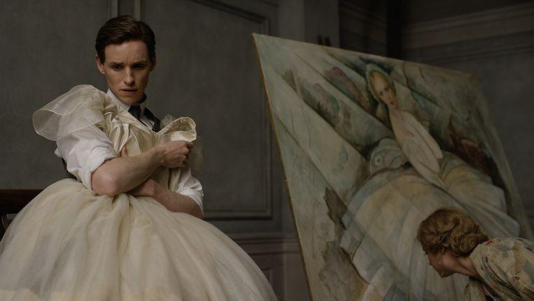 Eddie Redmayne en Alicia Vikander als Lili Elbe en Gerda Wegener in The Danish Girl. Beeld Universal Pictures