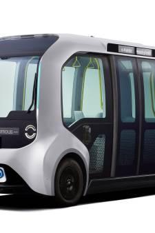 Toyota zet zelfrijdend, elektrisch busje in voor atletenvervoer bij Olympische Spelen