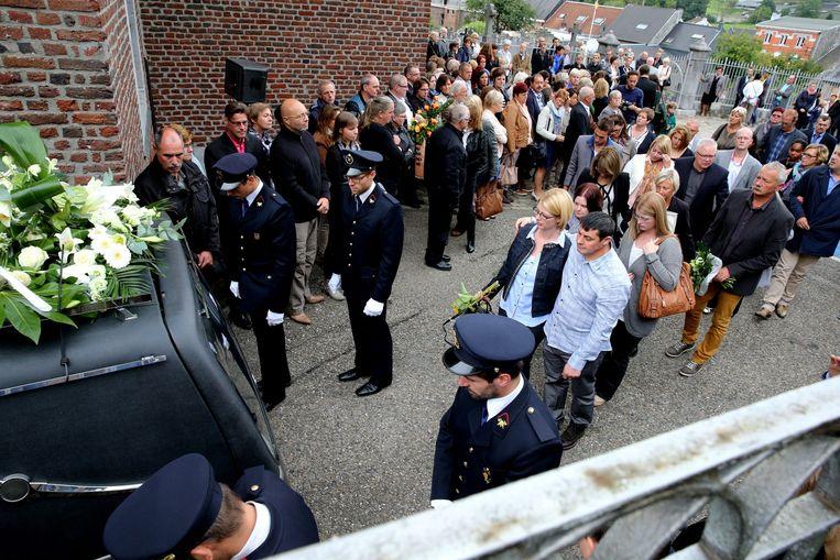 Honderden mensen namen afscheid van kleine Noah.