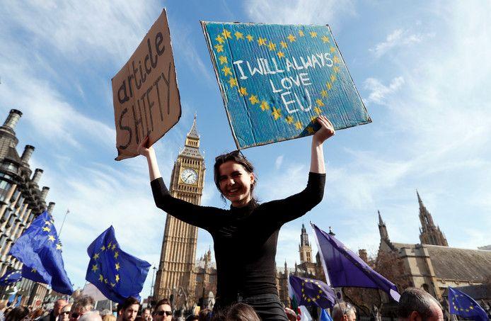 Foto van een protest in 2017 in Londen.