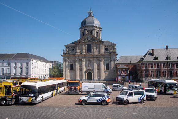 Actie stadsdiensten Sint Pietersplein Gent.