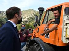 """Au volant de son camion, il avoue à Macron qu'il roule sans permis: """"Vous ne dites rien, vous vous démerdez!"""""""