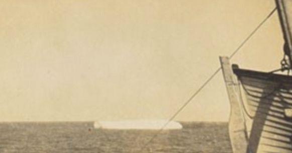 Louis M. Ogden kon ook unieke beelden nemen van een ronddrijvende ijsberg die de Titanic uiteindelijk fataal zou worden.