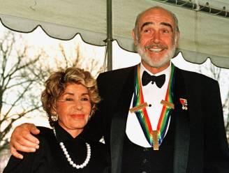 """Weduwe Sean Connery over zijn laatste momenten: """"Op het einde kon hij zich niet meer uitdrukken"""""""