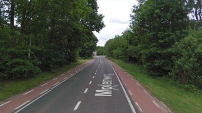 Motorrijder zwaargewond bij klap tegen auto in Zonhoven