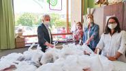 'Naarstige naaisters' van CVO maken mondmaskers voor GO!-scholen in Oudenaarde