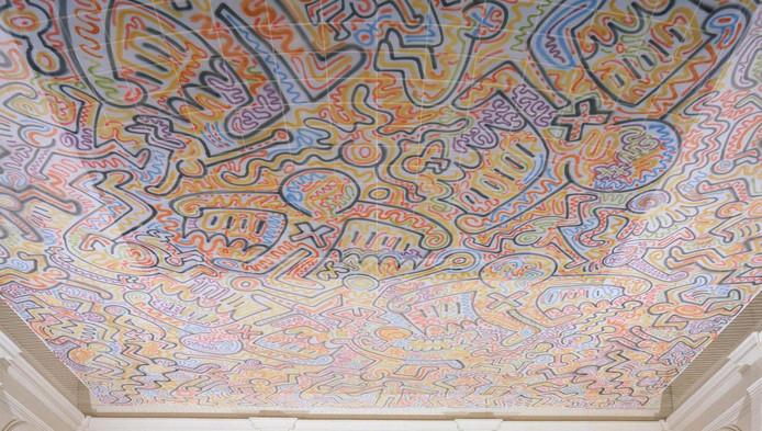 Keith Haring groeide van graffitikunstenaar in het New York van de jaren tachtig uit tot internationaal gevierd beeldend kunstenaar