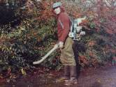 André houdt al 45 jaar het gras groen in Volkspark in Enschede