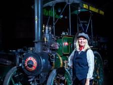 Steamlady Carolina houdt van de geur van kolen