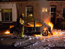 Brandende auto in Hattem: 'Het had veel erger af kunnen lopen'