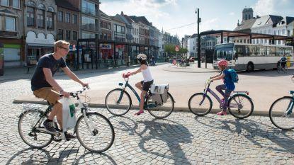 """Provincie verdeelt 17.793 euro aan subsidies onder scholen in Mechelse regio: """"Voor fietsstallingen en verkeerseducatief materiaal"""""""